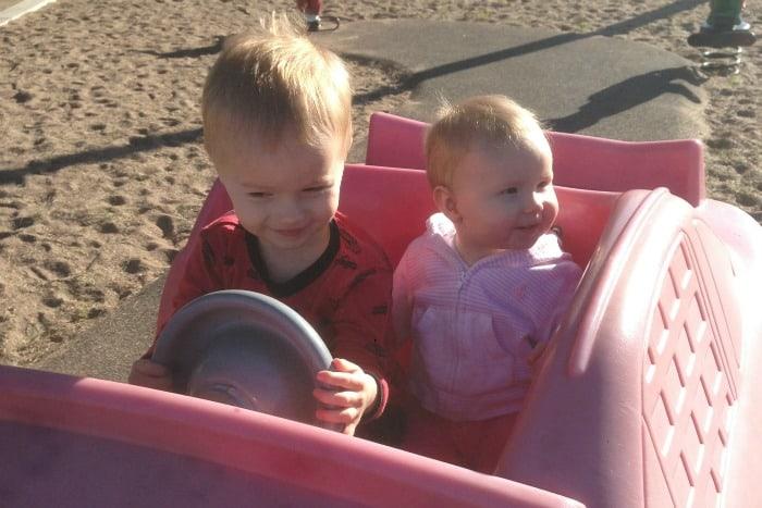 Caden & Maisie 9 Months