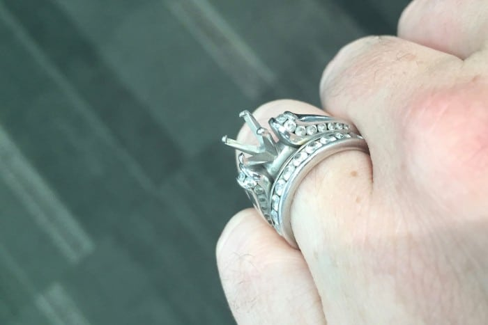 My Diamond Fell Out Of Engagement Ring